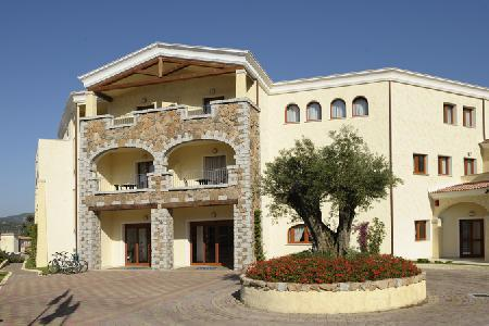 Holidays at Morisco Blu Hotel in Cannigione, Sardinia