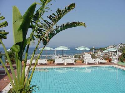 Holidays at Pithaecusa Hotel in Ischia, Neapolitan Riviera