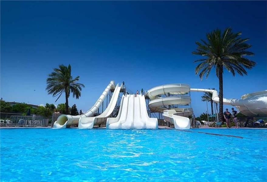 Holidays at Aqua Beach Waterpark Family World Sunland in Ialissos, Rhodes