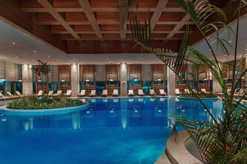 Regnum carya golf spa resort belek antalya region for Hotel spa nueva castilla
