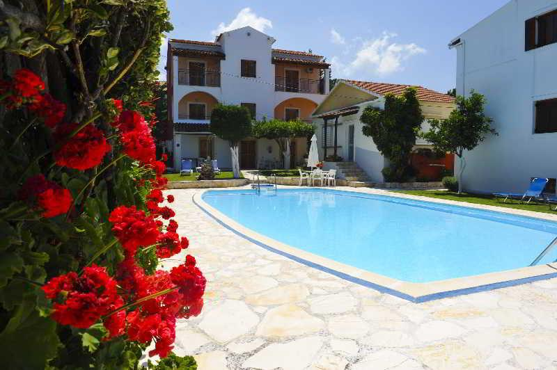 Holidays at Irene Apartments Acharavi in Acharavi, Corfu