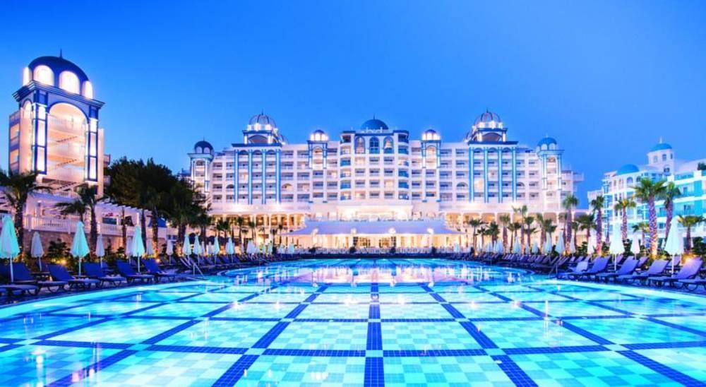 Holidays at Rubi Platinum Hotel in Avsallar, Antalya Region