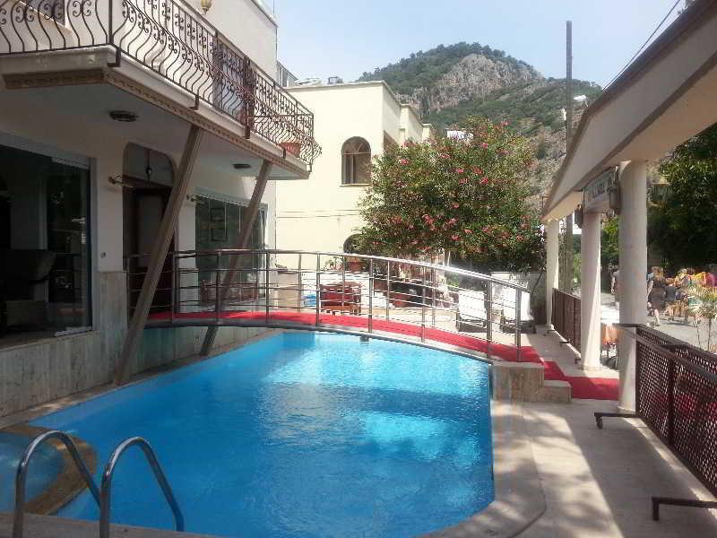Caria Premium Hotel