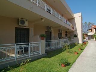 Holidays at Toulas Apartments in Sidari, Corfu