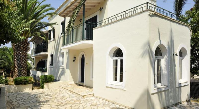 Holidays at Balaris Apartments in Kassiopi, Corfu