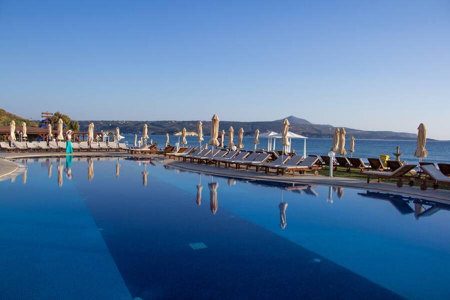 Holidays at Kiani Beach Resort in Kalyves, Crete