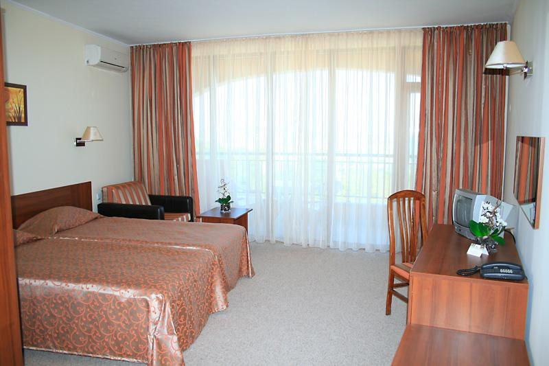 Holidays at Central Hotel in Golden Sands, Bulgaria
