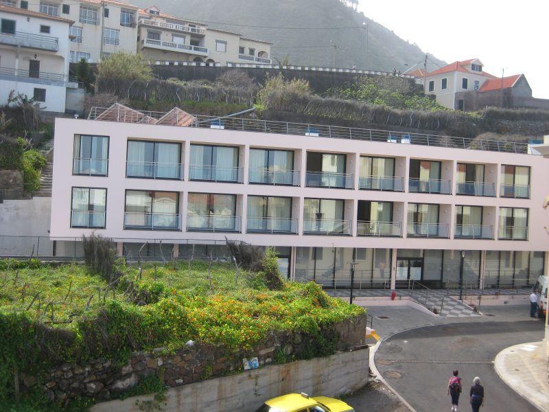 Holidays at Gaivota Apartments in Porto Moniz, Madeira