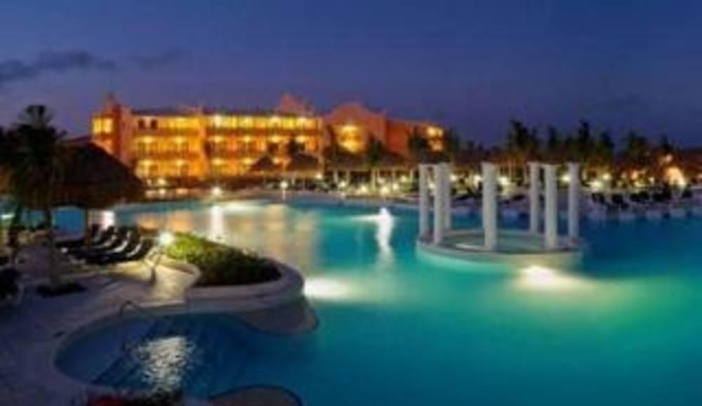 Holidays at Royal Suites Yucatan By Palladium in Riviera Maya, Mexico
