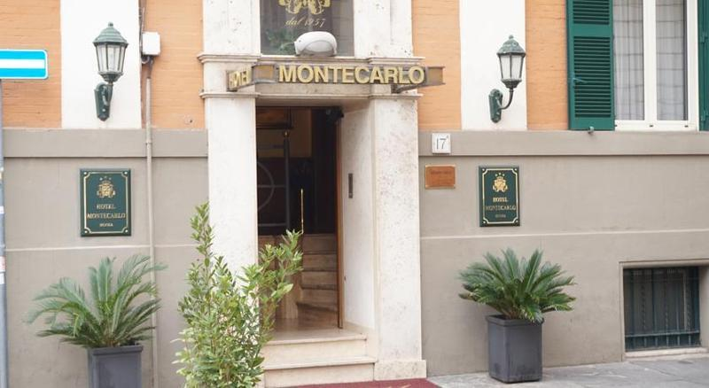 Holidays at Montecarlo Hotel in Rome, Italy