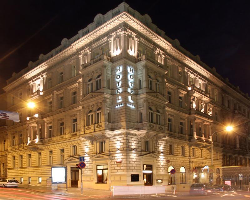 seven days boutique hotel prague czech republic book