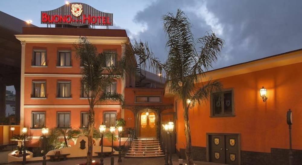 Holidays at Buono Hotel in Naples, Italy