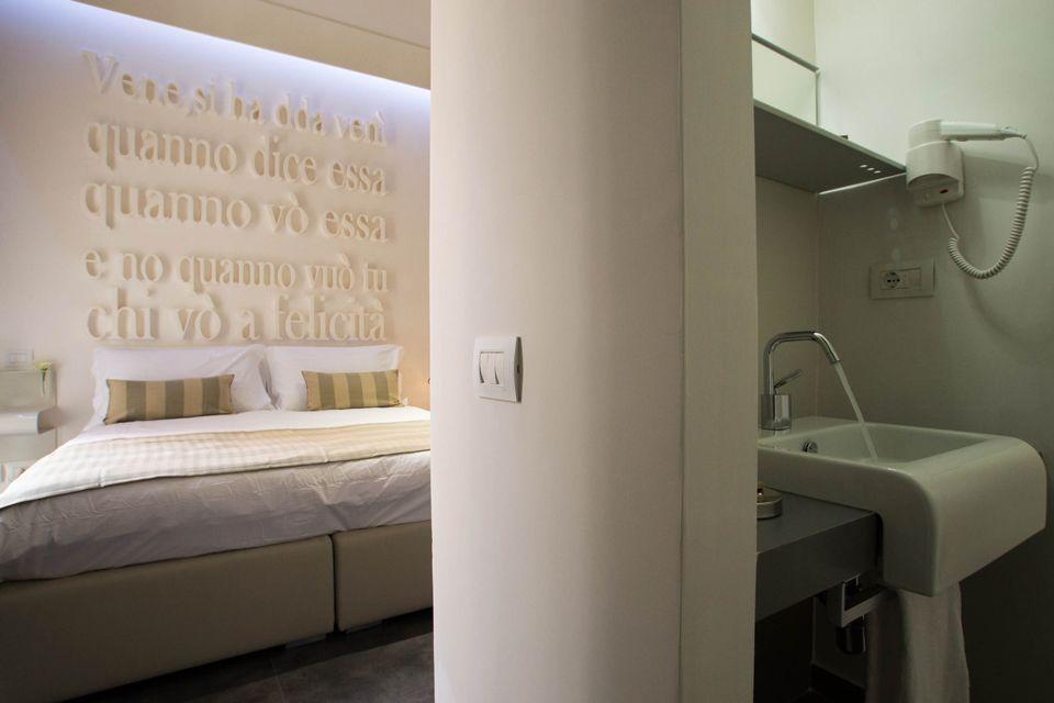Santa brigida hotel naples italy book santa brigida for Design hotel naples italy