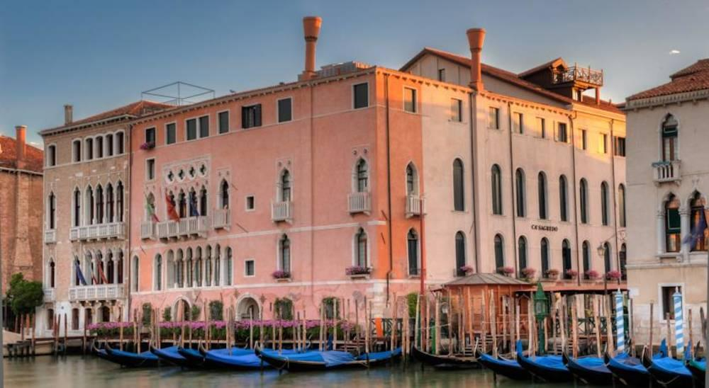 Holidays at Ca Sagredo Hotel in Venice, Italy