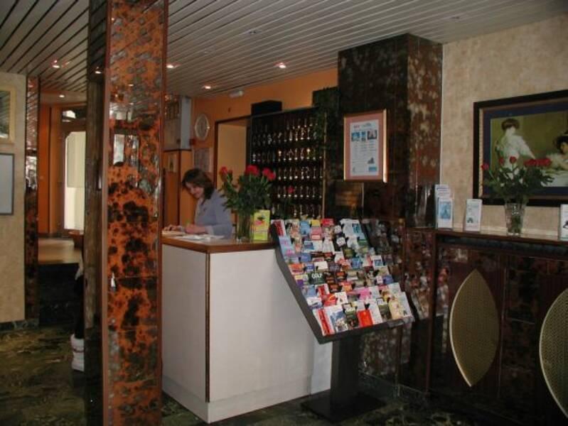 Est Hotel Paris Gare Du Nord Amp Republique Arr 10 Amp 11