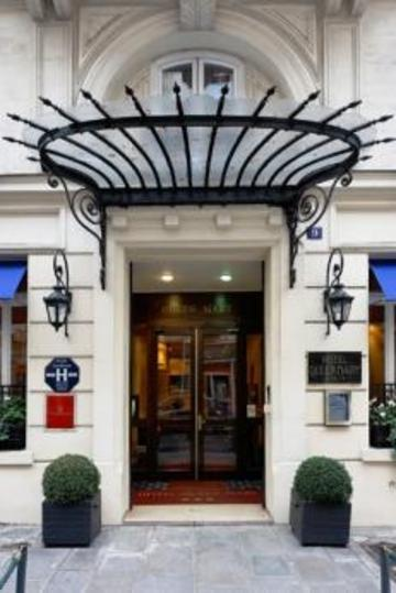 Holidays at Queen Mary Hotel in C.Elysees, Trocadero & Etoile (Arr 8 & 16), Paris