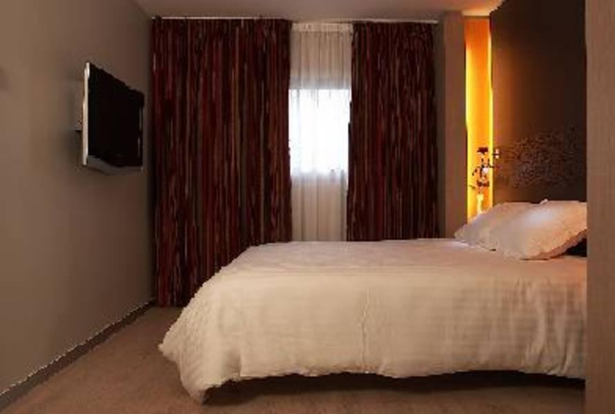 Holidays at Oceania Paris Porte De Versailles Hotel in Montparnasse & Tour Eiffel (Arr 14 & 15), Paris