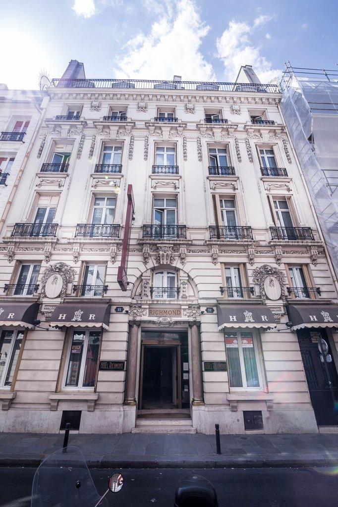Richmond Opera Hotel