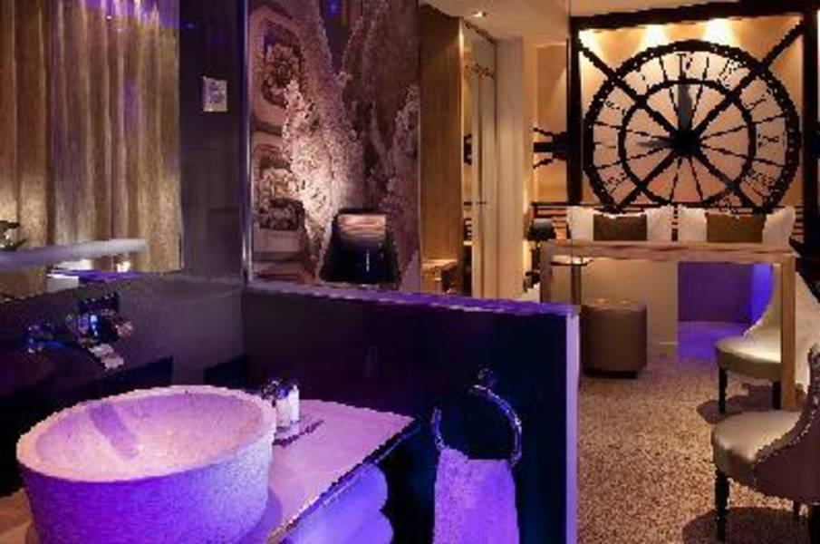 Holidays at Secret De Paris Hotel in Opera & St Lazare (Arr 9), Paris