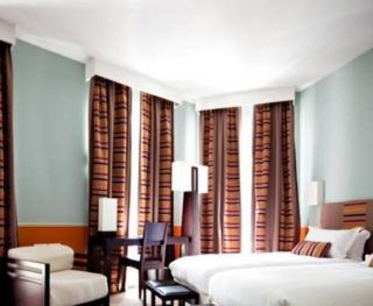 Holidays at Plaza Etoile Emeraude Hotel in Arc De Triomphe & Pte Maillot (Arr 17), Paris