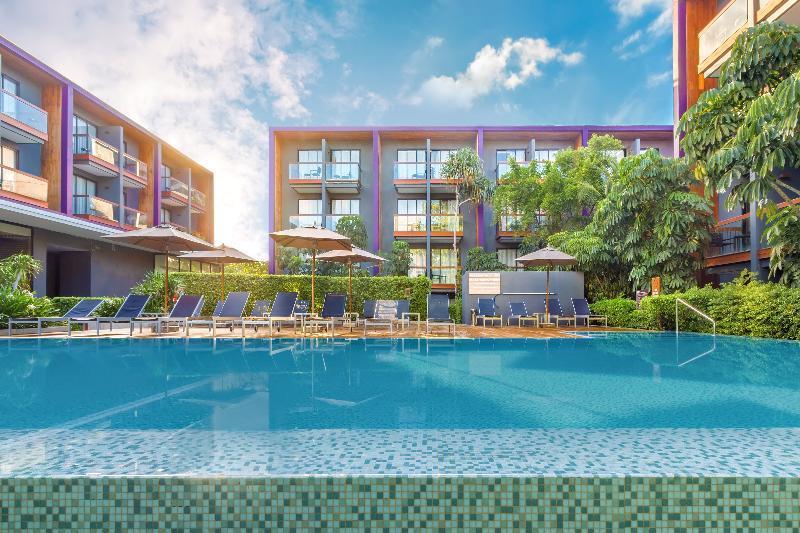 Holidays at Holiday Inn Express Phuket Patong Beach Central in Phuket Patong Beach, Phuket