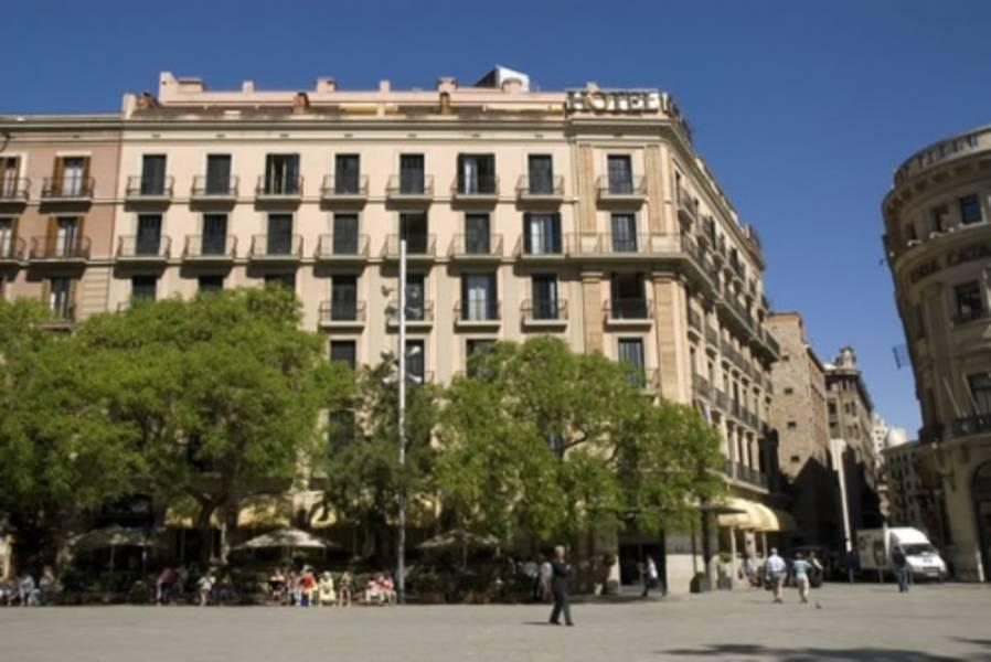Holidays at Colon Hotel in Gothic Quarter, Barcelona
