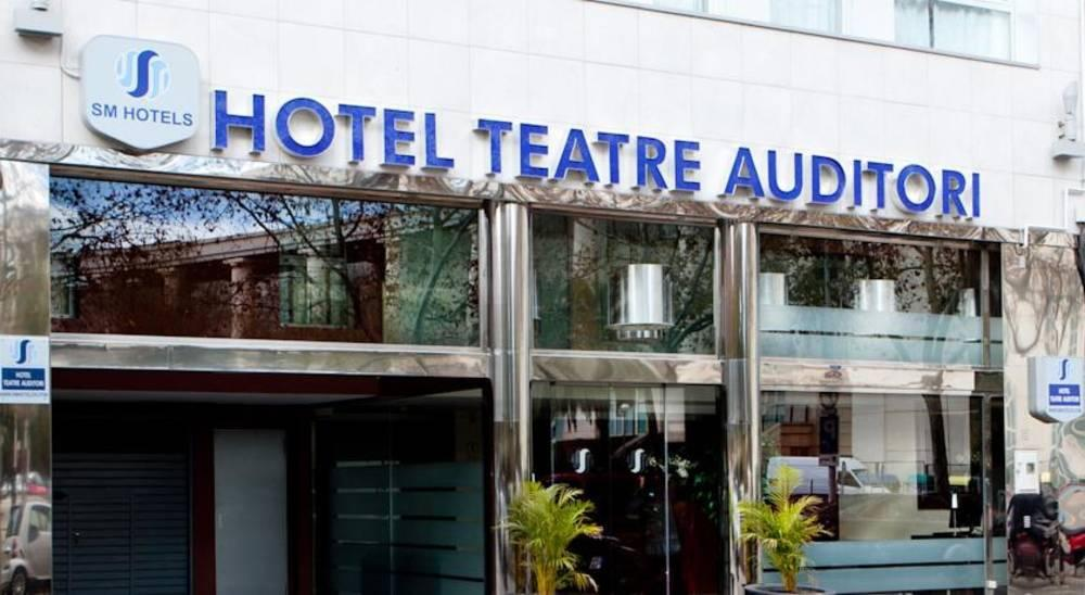 Holidays at Teatre Auditori Hotel in Eixample, Barcelona