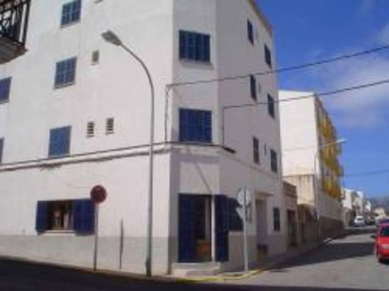 Holidays at Louty Casa Esteva Hostel in Cala Ratjada, Majorca