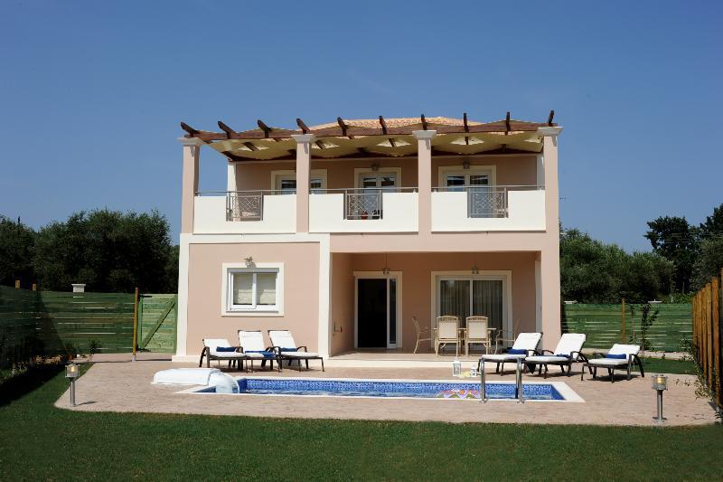 Holidays at Mamfredas Resort in Tsilivi, Zante