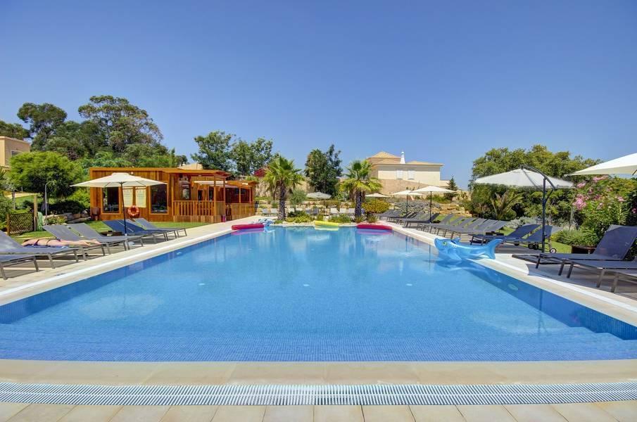Holidays at Pinheiros Da Balaia in Albufeira, Algarve