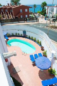 Los Caribe 2 Apartments