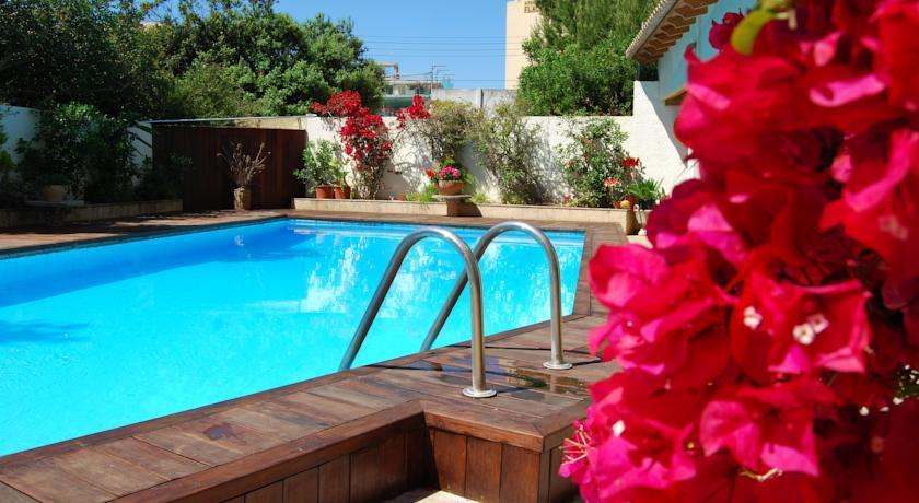 Holidays at Flacalco Garden Apartments in Cala Ratjada, Majorca