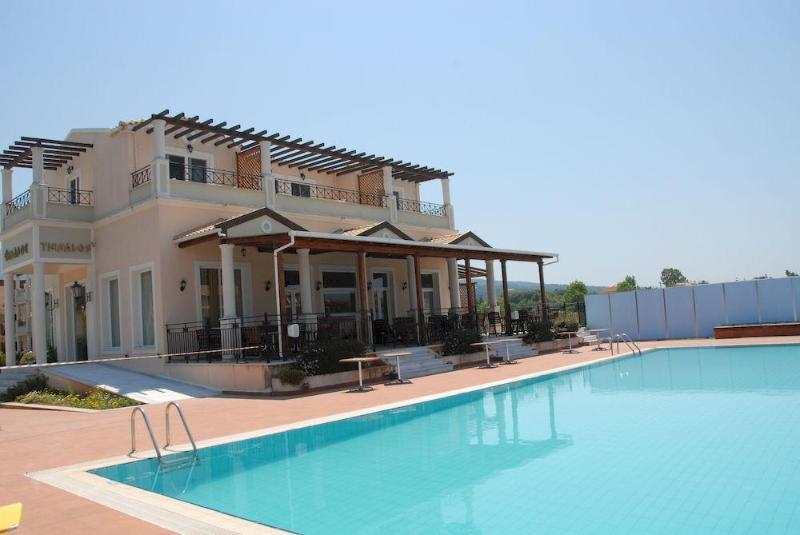 Holidays at Thinalos Hotel in Acharavi, Corfu