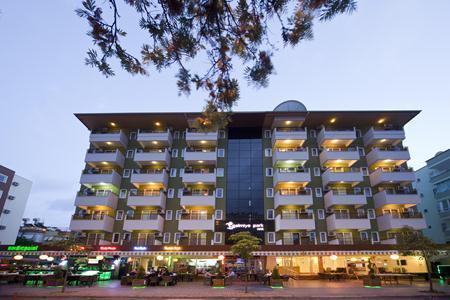Holidays at Palmiye Park Aparthotel in Alanya, Antalya Region
