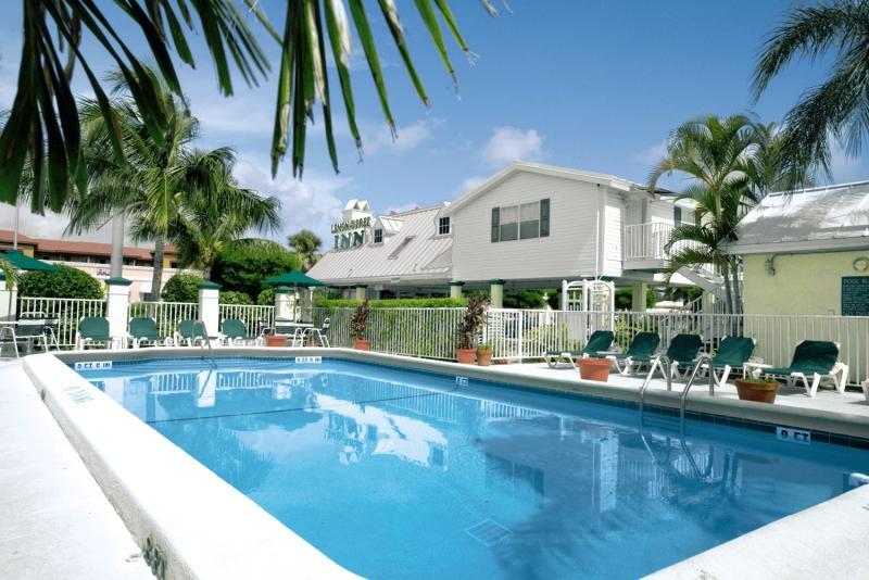 Holidays at Lemon Tree Inn in Naples Beach, Florida