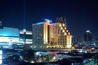 Holidays at Novotel Bangkok On Siam Square in Bangkok, Thailand