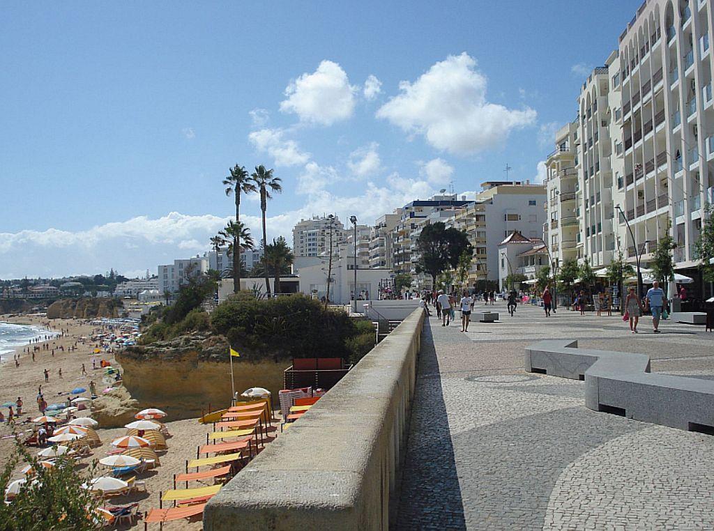 Holidays at Atlantic Side Apartments in Armacao de Pera, Algarve