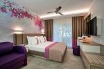 Pirates Beach Club Hotel Picture 5