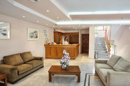 Holidays at Anita Beach Hotel in Rethymnon, Crete