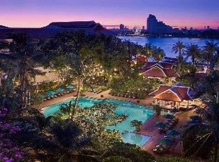 Anantara Bangkok Riverside Resort Hotel