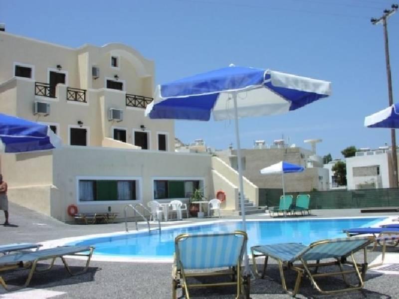 Holidays at Despina Studios and Apartments in Kamari, Santorini