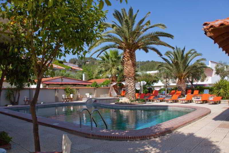 Holidays at Halkidiki Royal Hotel in Fourka, Possidi