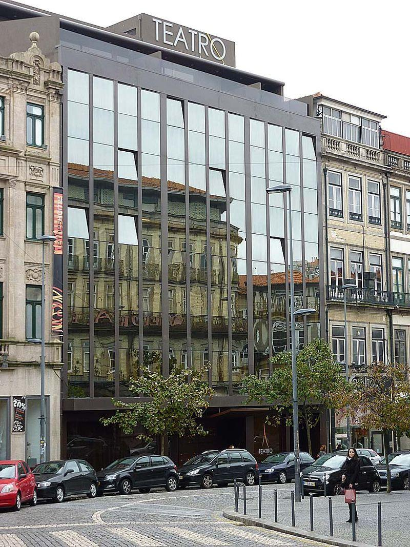 Holidays at Teatro Hotel in Oporto, Portugal