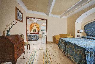 Holidays at Eden Roc Suite Hotel Positano in Positano, Neapolitan Riviera