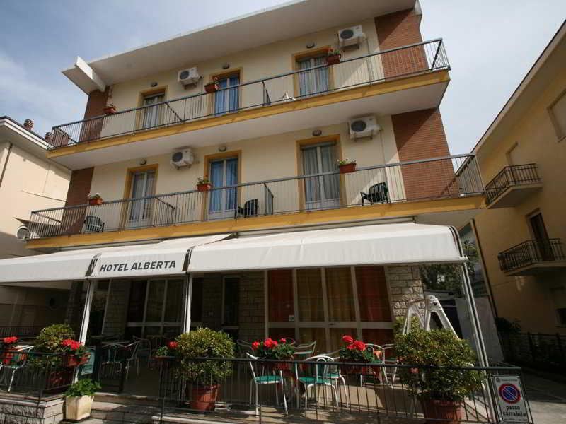 Holidays at Alberta Hotel in Rimini, Italy