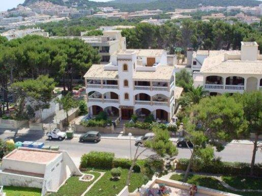 Holidays at Rosa Mar Apartments in Cala Ratjada, Majorca