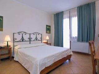 Holidays at Le Zagare Hotel in Villasimius, Sardinia