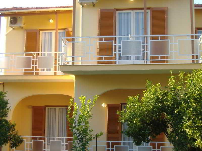 Holidays at Rantos Apartments in Kavos, Corfu