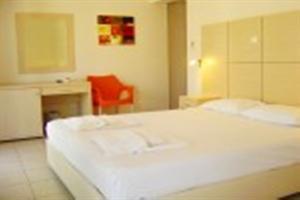Holidays at Mavridis Hotel in Nea Flogita, Nea Moudania