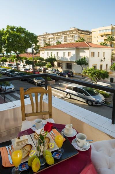 Holidays at Caracas Playa Hotel in Estepona, Costa del Sol